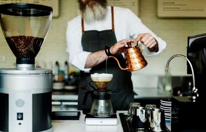 Filter coffee with copper kettle